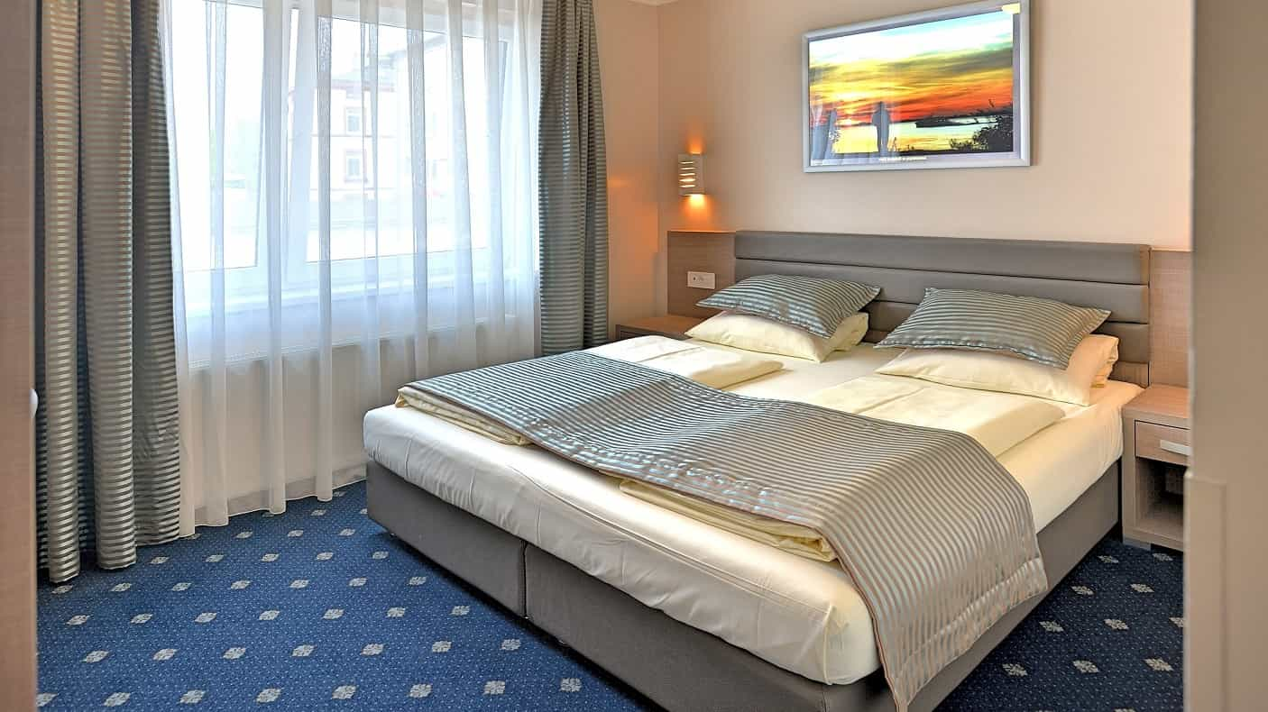 Double Room French